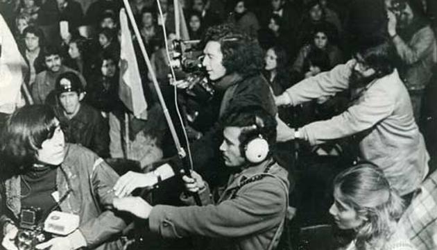 Guzmán y su equipo rodando en el Teatro Caupolicán