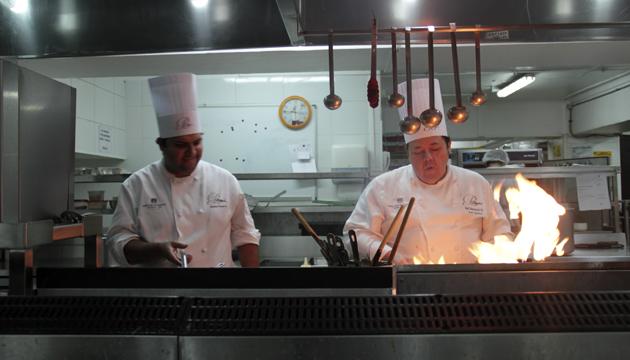 Para Áxel Manríquez la cocina es sinónimo de identidad