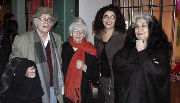 Balmes, Gracia Barrios, Carola Jerez y Carmen Berenguer en la Perrera