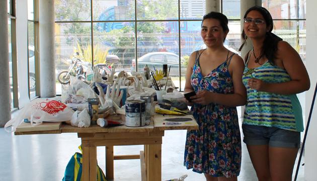 El Colectivo Inmarcesible se presentó en la sala de artes visuales de Recoleta