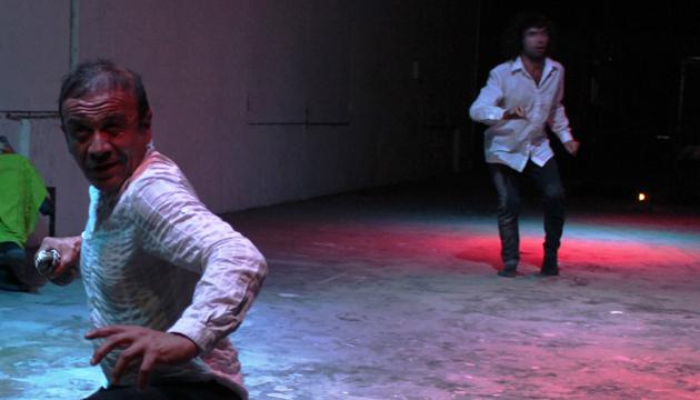 Fausto, el oráculo, Perrera Arte, toma 3