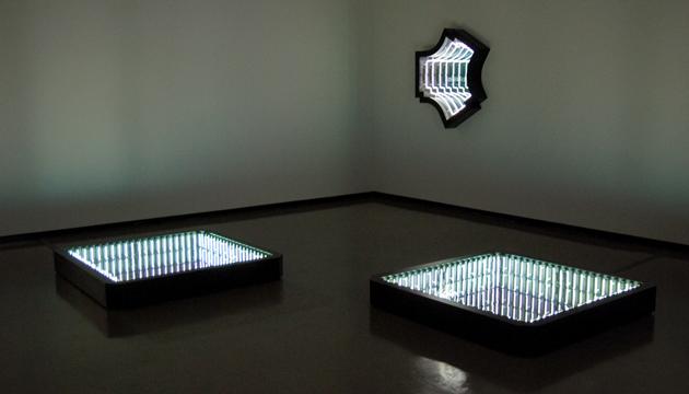 Heaven or Las Vegas, Iván Navarro, 2011