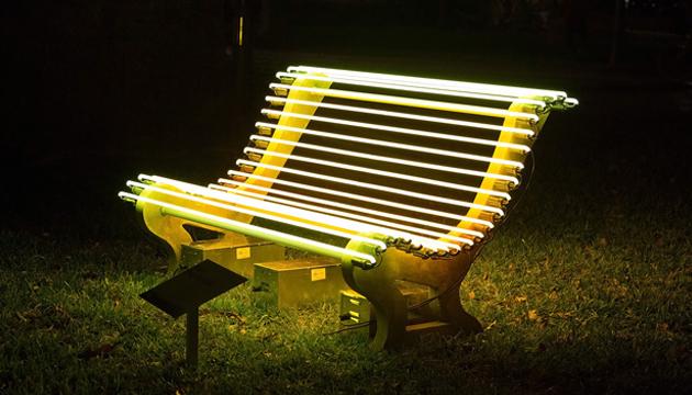 Street Lamp, Iván Navarro, 2012