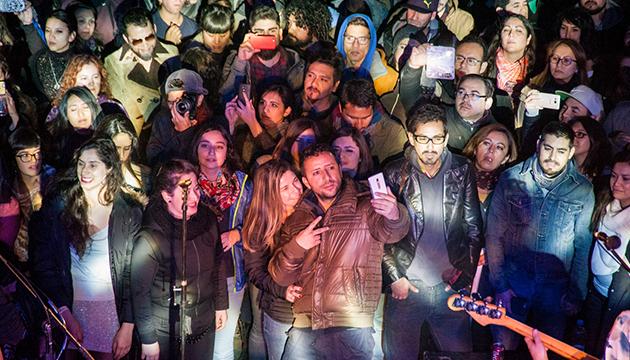 El público disfrutó a un metro de los músicos
