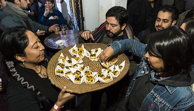 El público de L'Arts difrutó los sabores de la cocina mapuche