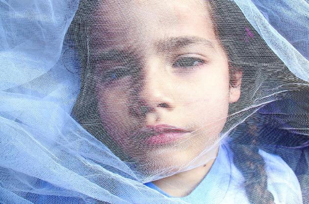 Ariela con velo, Autorretrato, 2005