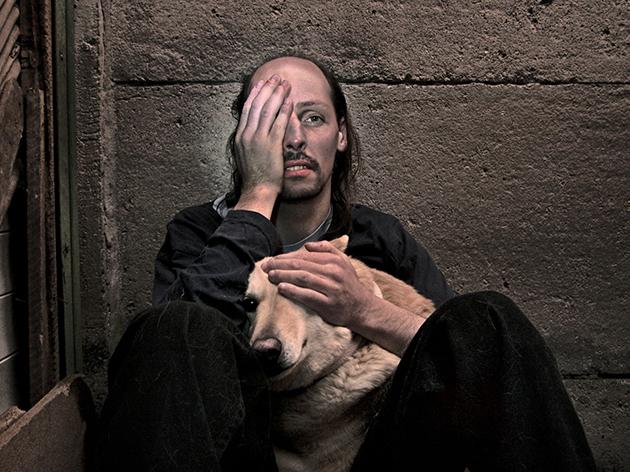 Hombre perro I / Ricardo Portugueis / 2010